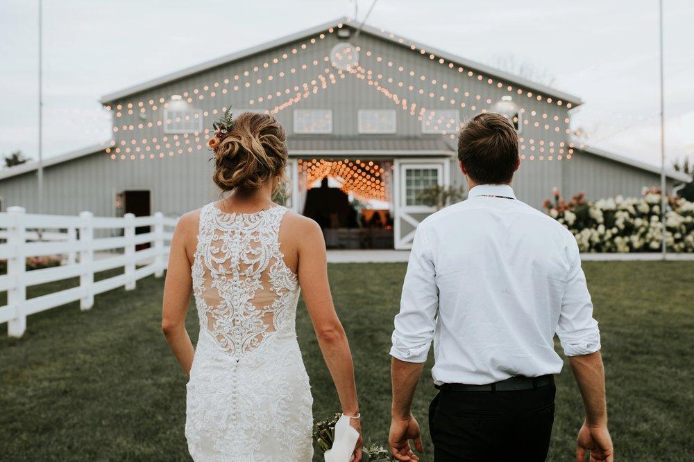 the-stables-toledo-ohio-wedding-_0040.jpg