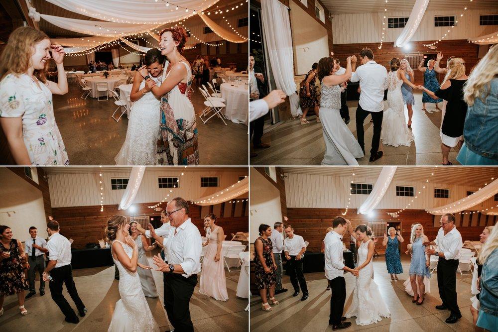 the-stables-toledo-ohio-wedding-_0045.jpg