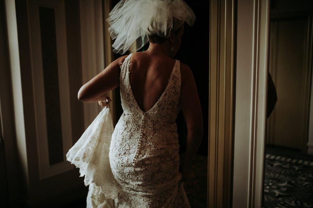 contemporary-art-center-art-deco-halloween-wedding-_0010.jpg