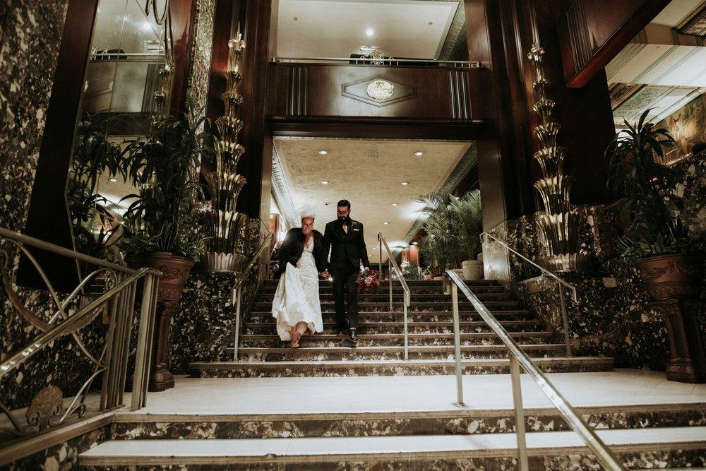 contemporary-art-center-art-deco-halloween-wedding-_0012.jpg