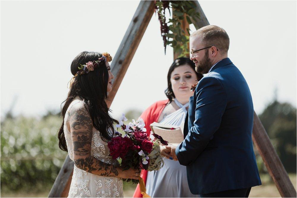santa-cruz-cowell-ranch-hay-barn-wedding-photograhy_0016.jpg
