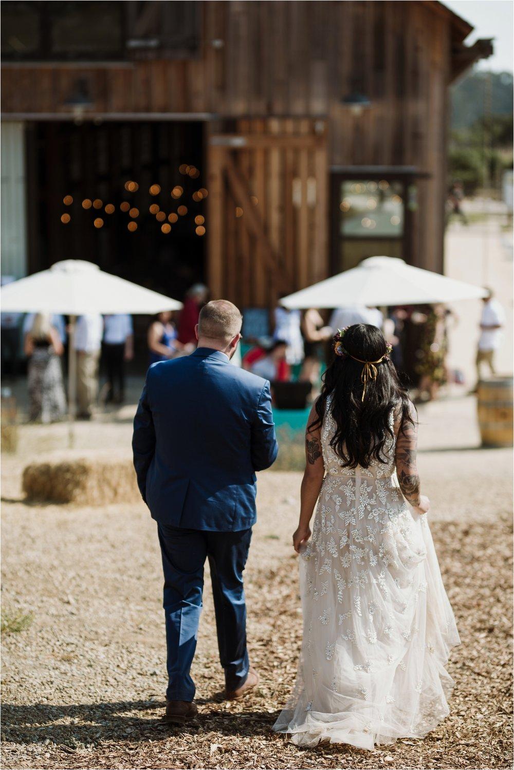 santa-cruz-cowell-ranch-hay-barn-wedding-photograhy_0023.jpg