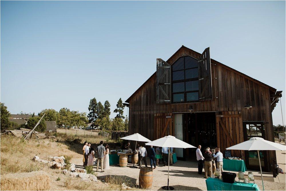 santa-cruz-cowell-ranch-hay-barn-wedding-photograhy_0028.jpg