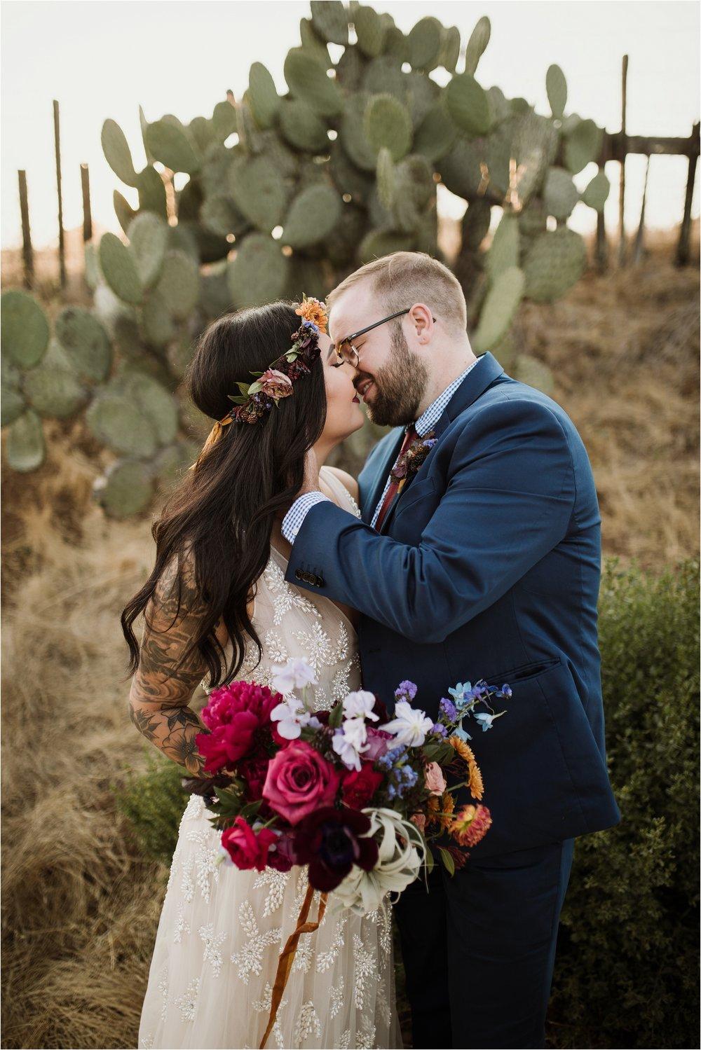 santa-cruz-cowell-ranch-hay-barn-wedding-photograhy_0036.jpg