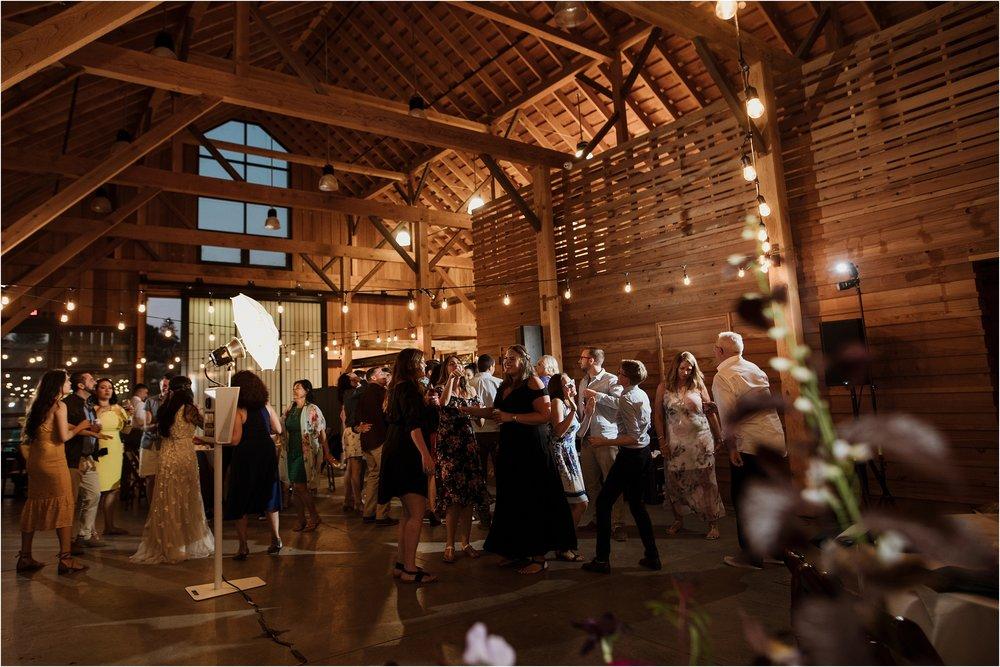 santa-cruz-cowell-ranch-hay-barn-wedding-photograhy_0038.jpg