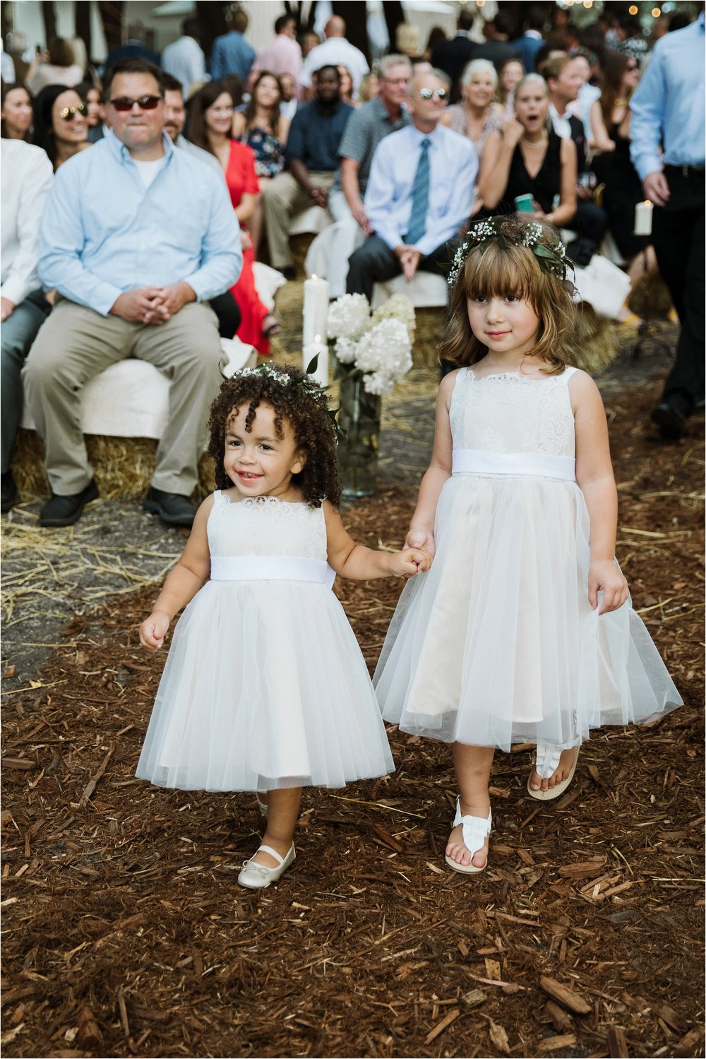 backyard-minneapolis-willmar-minnesota-wedding-photography_0020.jpg