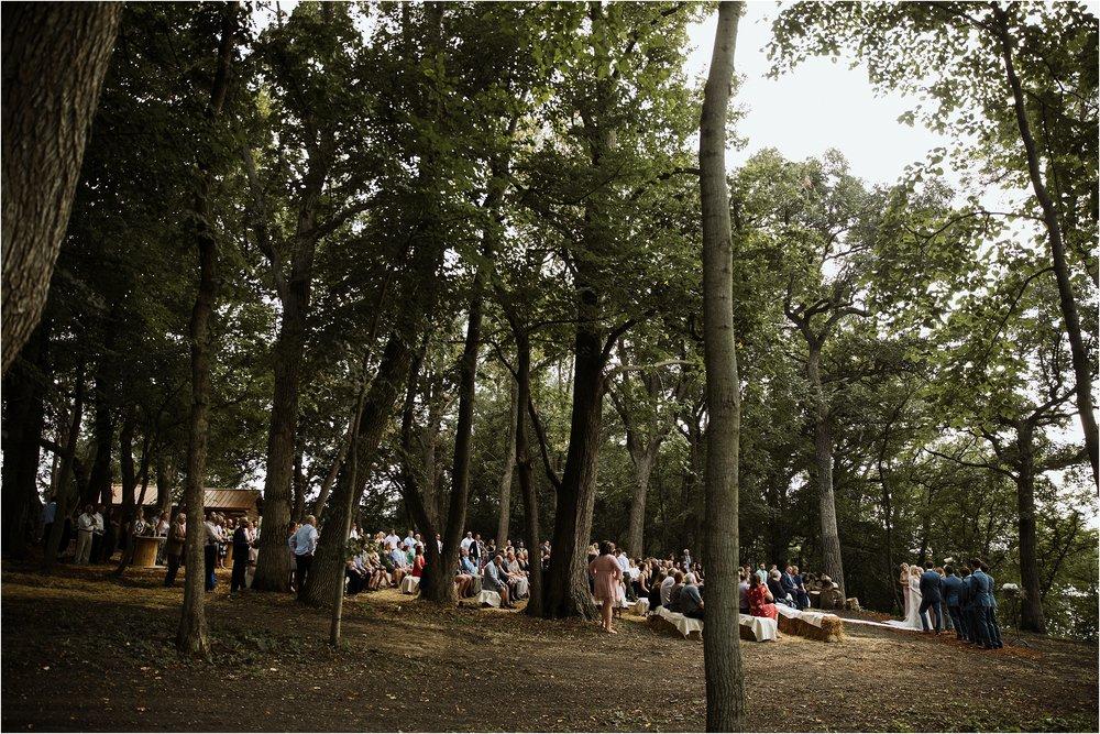 backyard-minneapolis-willmar-minnesota-wedding-photography_0029.jpg