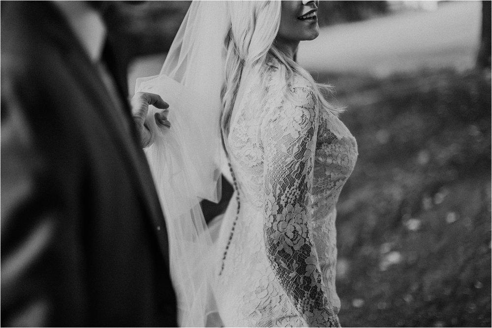 backyard-minneapolis-willmar-minnesota-wedding-photography_0036.jpg