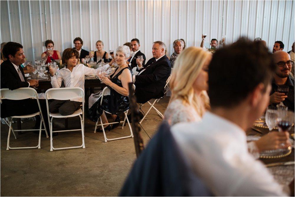 backyard-minneapolis-willmar-minnesota-wedding-photography_0049.jpg
