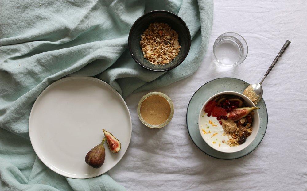 nutorious_peanut_butter_pindakaas_granola_bowl_ontbijt