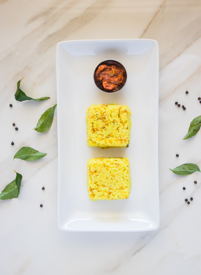 Pongal with tomato pickle