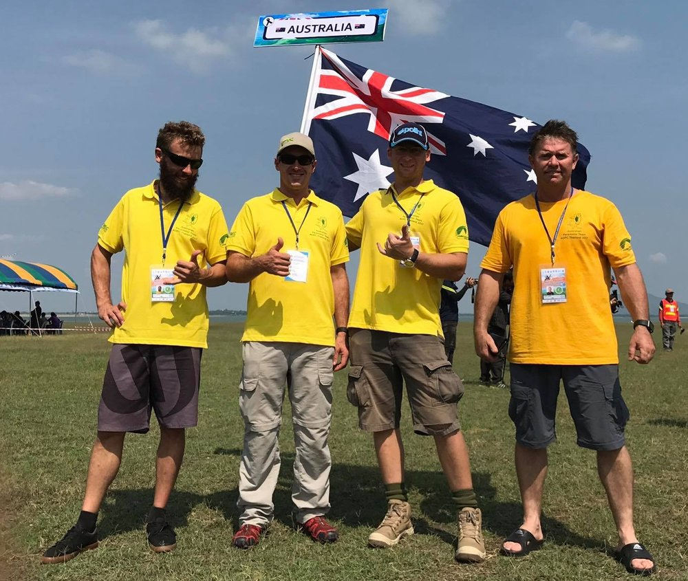 Team Straya. David is 2nd from left. Fellow IT16 contender Scotty Duncan it 2nd from right, also representin'.
