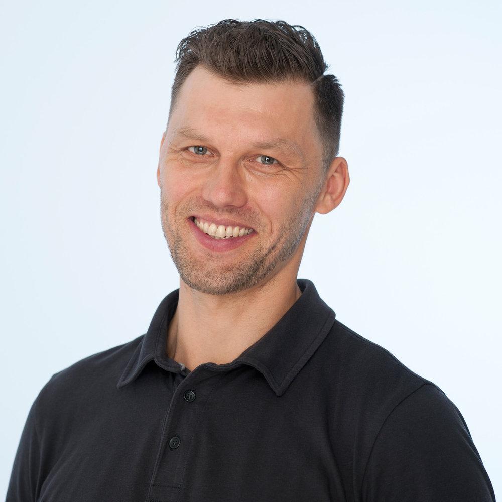 igor-mednikov-klinik-massage-therapist.jpg