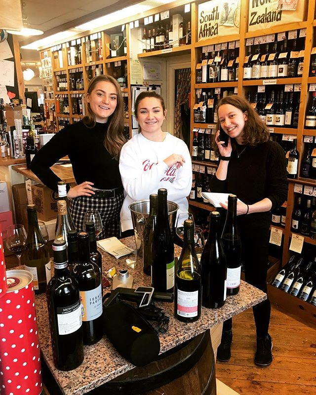 Quick Friday tasting with the @blackrock_cellar crew, showing some new wines from @weingutwinter and @vigneti_radica as well as some of our #naturalwines from Limoux!