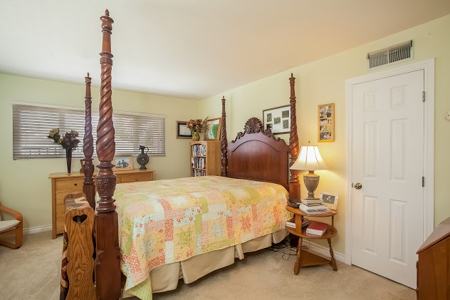 016-Master_Bedroom-2832712-large.jpg