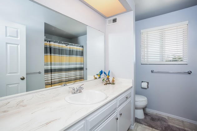 026-Bathroom-2827477-large.jpg