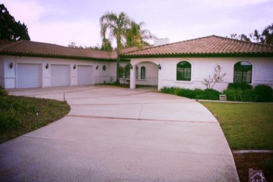 1262 Calle Aurora, Camarillo, CA Closed/ Listed at $999,900