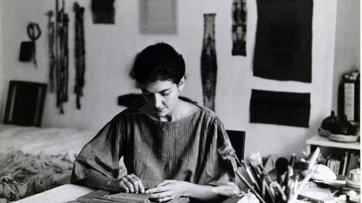 Sheila Hicks in her studio (1963), photo by Ferdinand Boesch