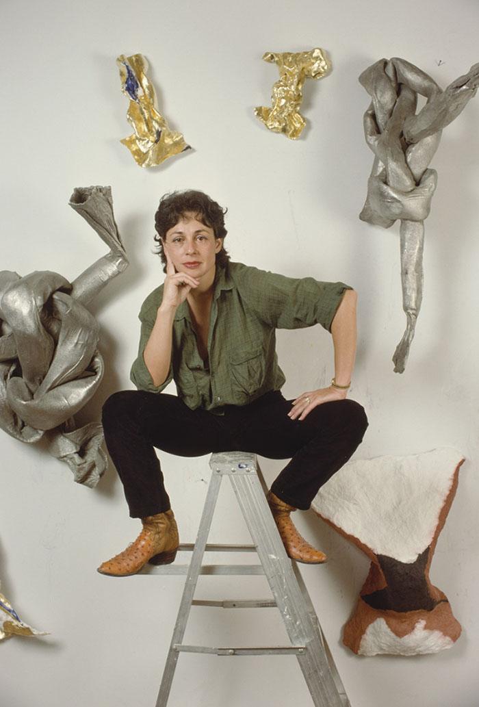 Badass artist Lynda Benglis in front of her sculptures.photo: Nancy Schiff
