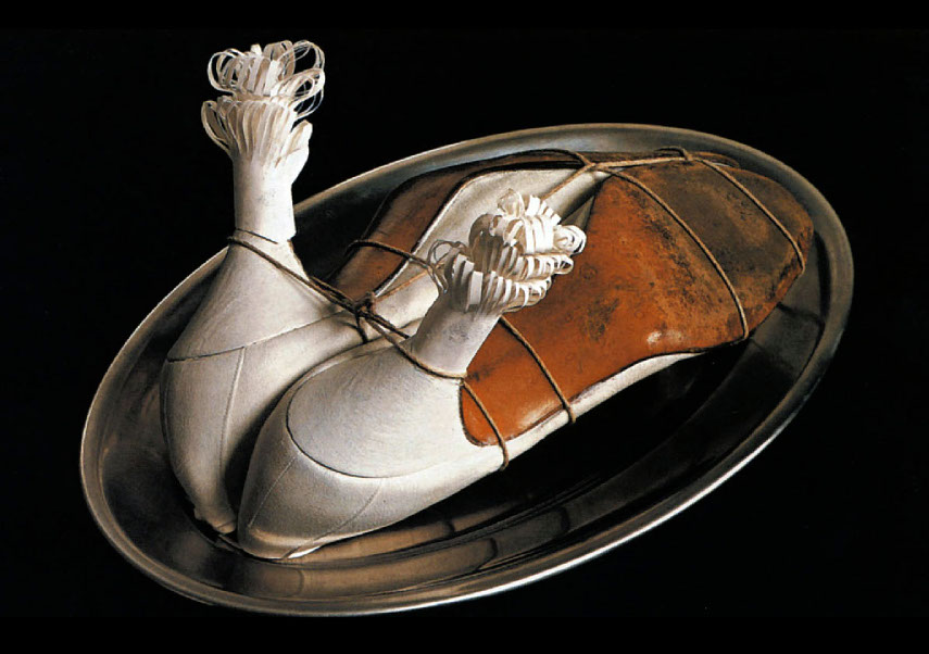 Ma Gouvernante (My Nurse), 1936, shoes, string, metal plate