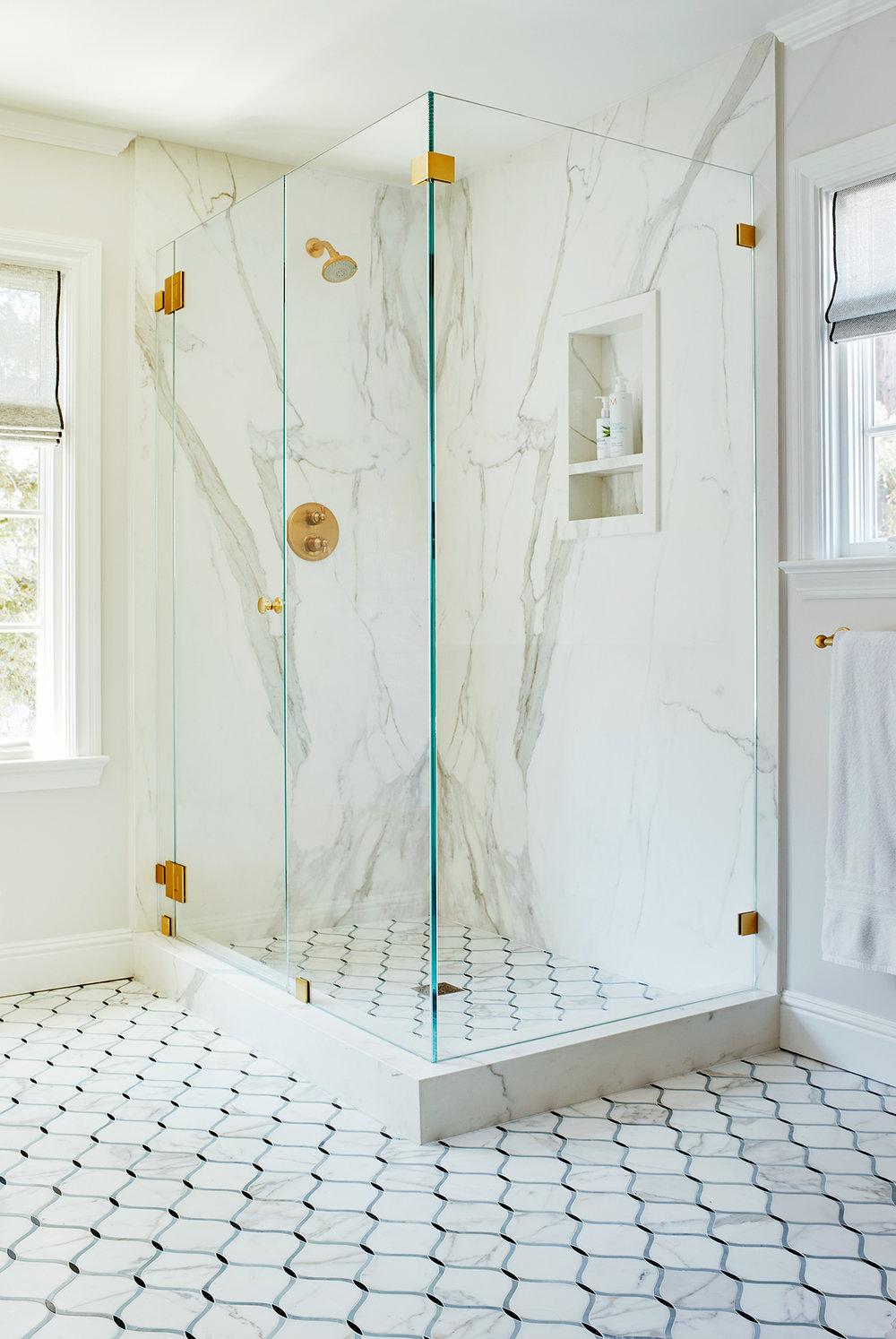 221170_MasterBath_Shower.jpg