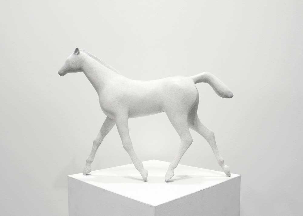 Little Horse Trotting Maquette White