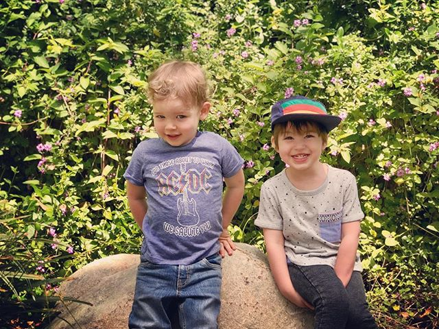 These two wild boys at the #lazoo today. Where they hung out and met for the very first time just a few months old. Now less than 6 months they will be 3!!! #toddlersofinstagram