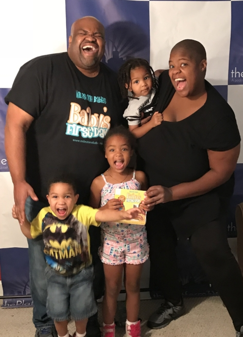 Robert Davis, Courtnae Smith, and their children
