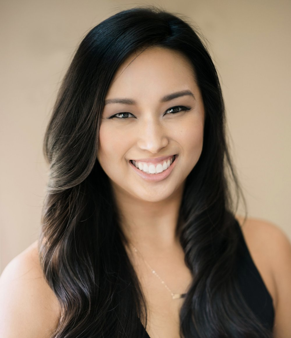 Jeanifer Headshot 2- Carissa Woo Photography-1_pp.jpg
