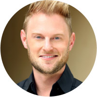 About Bobby Berk After working his way up in retail through Bed Bath & Beyond and Restoration Hardware to the position of Creative Director at Portico Home + Spa, Berk decided it was time to start his own brand. Founded in 2006, Bobby Berk Home offers a unique approach to modern design aesthetics, reflecting a stylish, youthful spirit that perfectly fits any cool, relaxed lifestyle. Gaining increased national attention, the brand is on track to quickly become a household name.
