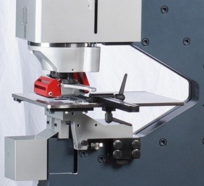 Squaring Guides  Machined, accurate and easy to set up squaring guides are standard to the punching and the notching stations.  These stops set both X & Y axis fences to give you a positive corner reference.