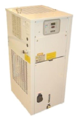 Spindle Chiller   - A spindle oil chiller is standard equipment.
