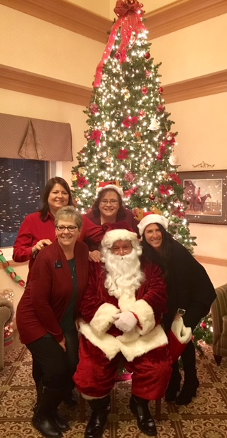 Carolyn, Gail, Beth, Josie, Santa and tree.jpg