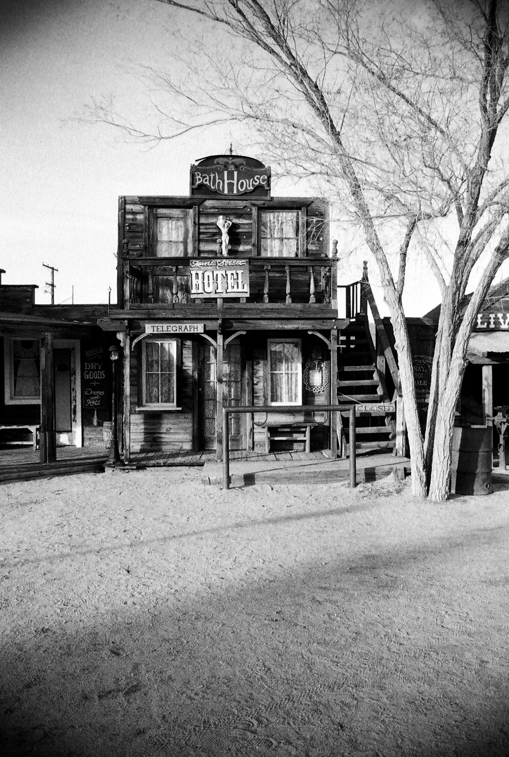 film-jtree-pioneertown-blog.jpg