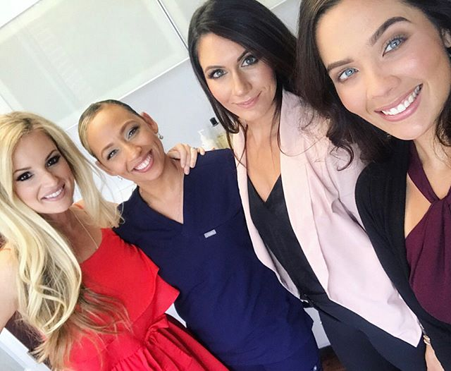 We love client selfies 📷. Yesterday Kristi got to hang out with the babes of @primemdcenter and pamper them a little between clients and between @jasonmillermd's video shots. The staff is so sweet and fun and now I know where all the beautiful people hang out. . . . . #clientselfie #clientselfies #beautiful #beauty #beautifulpeople #beautifulinsideandout #medspa #babes #mua #hmua #makeupartist #raleighmua #raleighmakeupartist #raleighmedspa