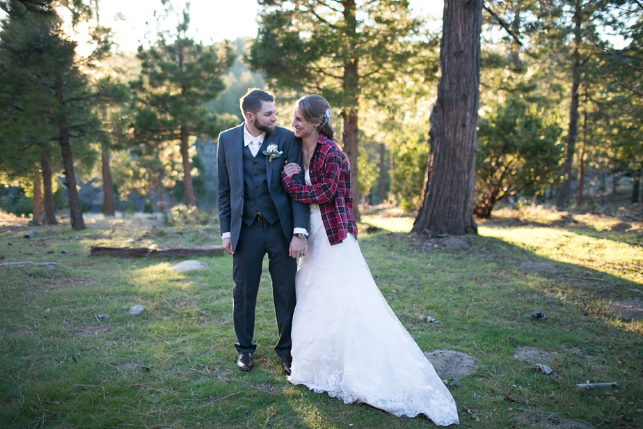 Thousand-pines-camp-winter-wedding_0111