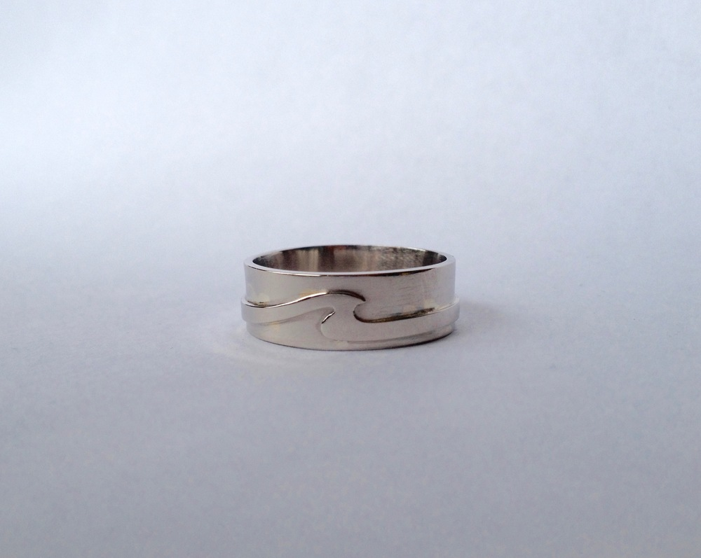 14k White Gold Wave Wedding Band