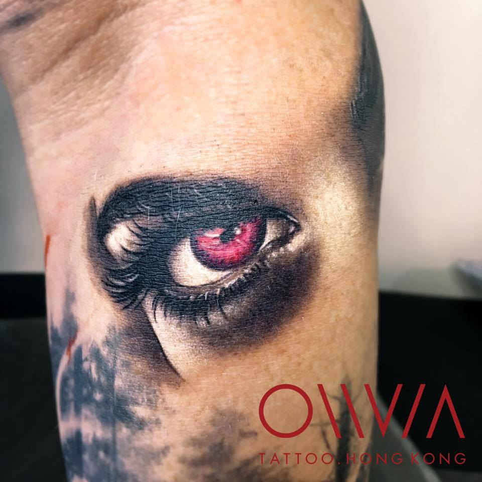 2016-fridays-tattoo-hong-kong-olivia-realistic-eye.jpg