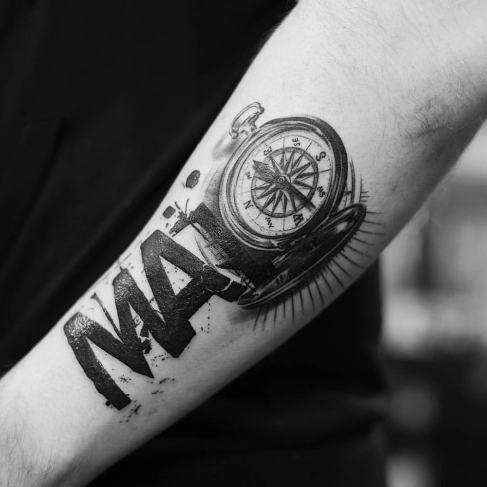 2016-fridays-tattoo-hong-kong-jamie-abstract-graphic-typography-compass.jpg
