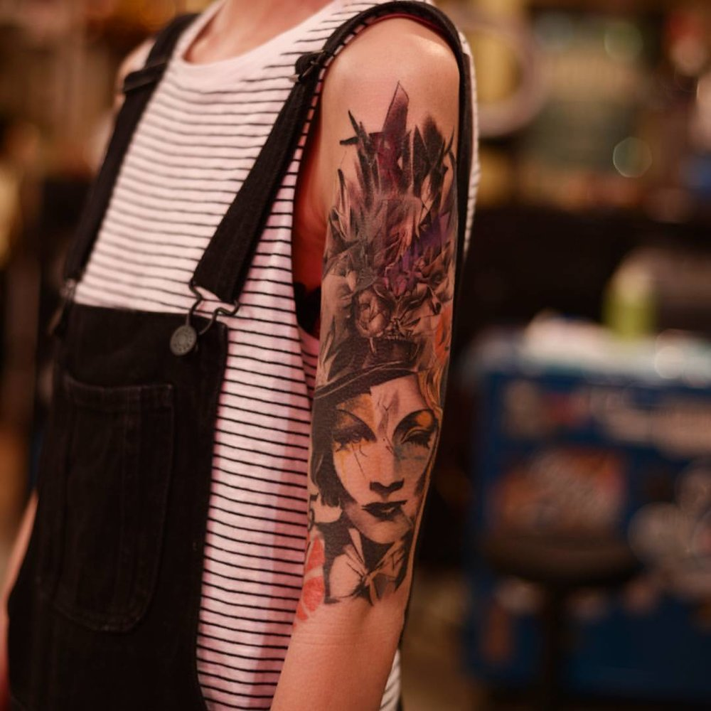 2016-fridays-tattoo-hong-kong-jamie-abstract-graphic-woman-sleeve-2.jpg