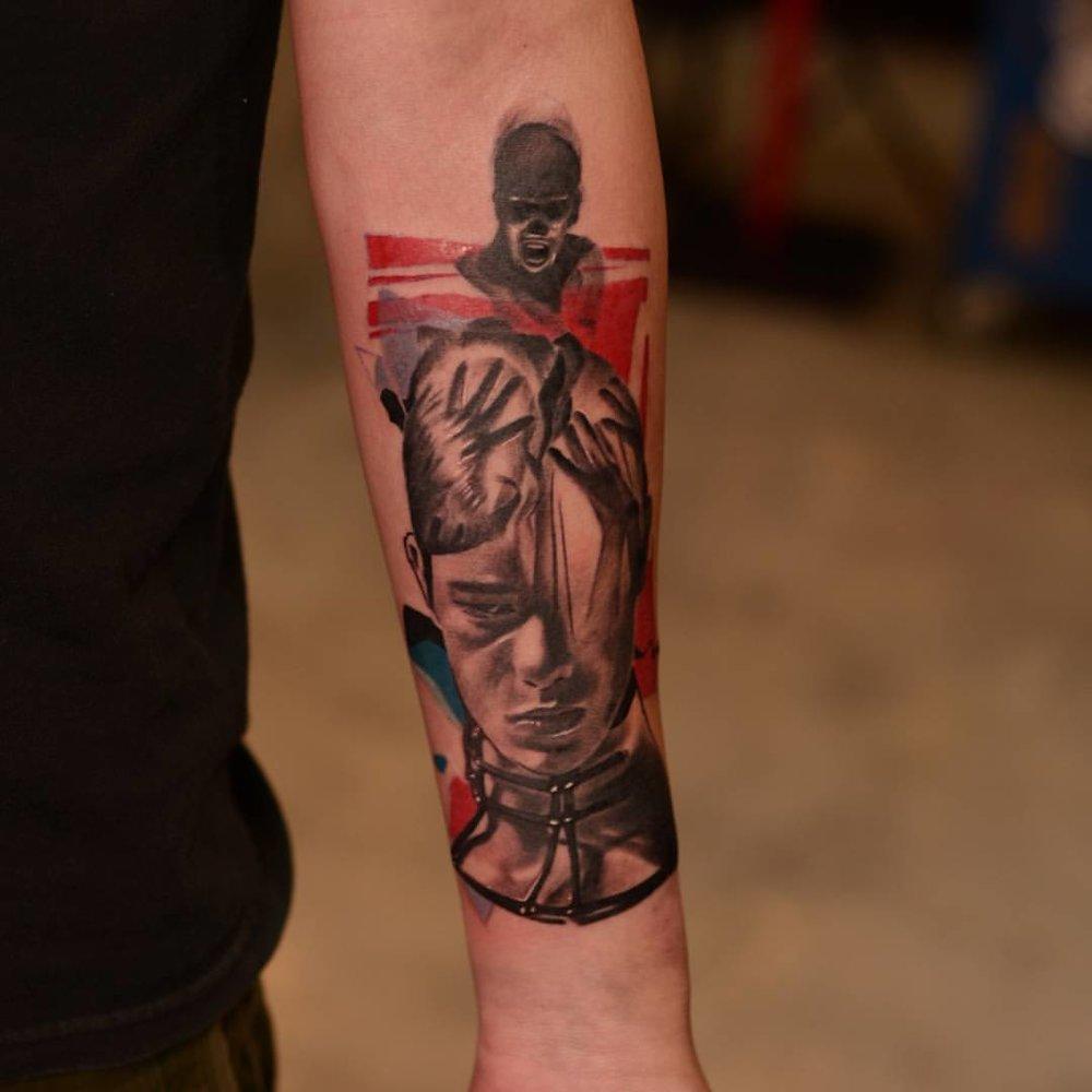 2016-fridays-tattoo-hong-kong-jamie-abstract-graphic-head-brain.jpg