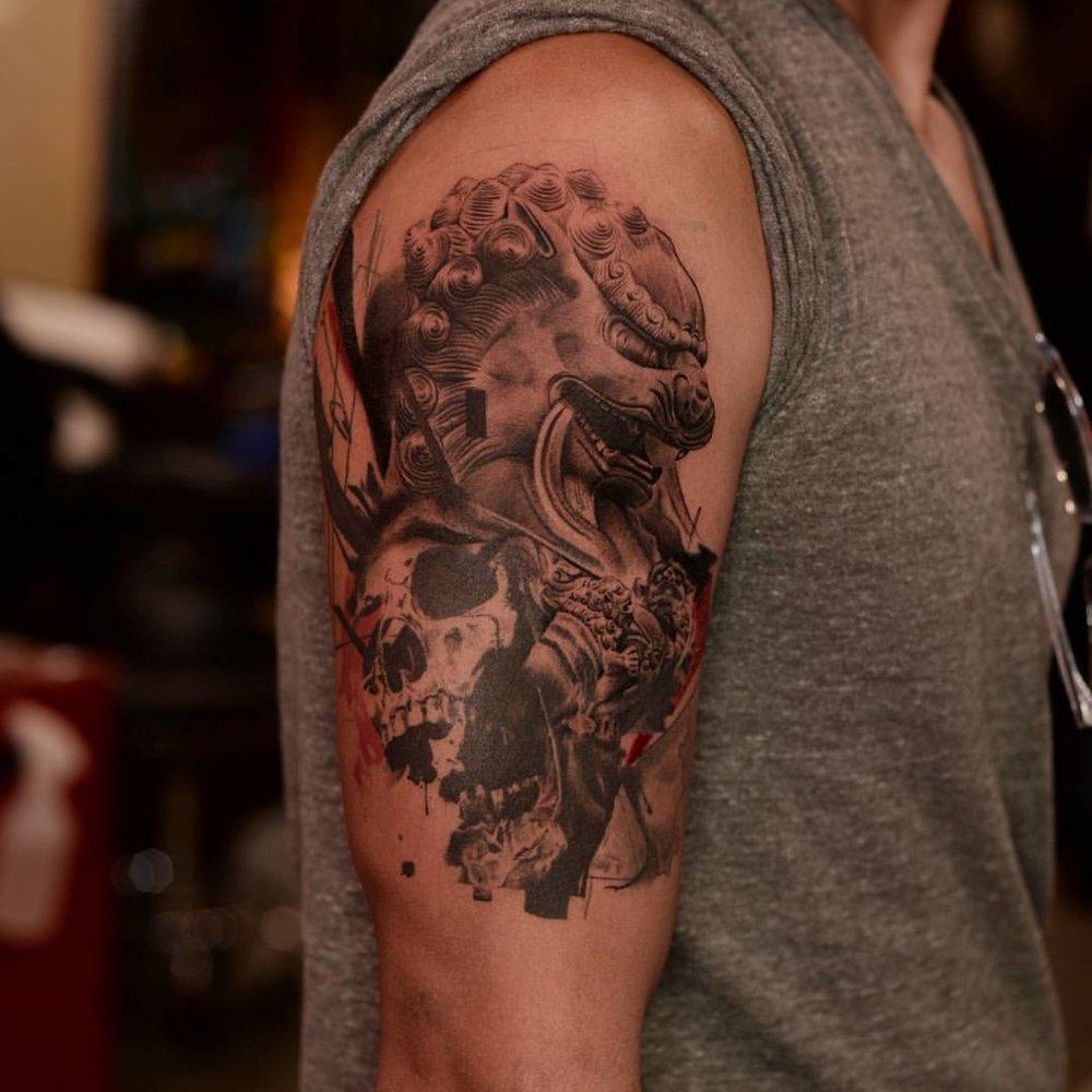 2016-fridays-tattoo-hong-kong-jamie-abstract-graphic-foo-dog-skull.jpg
