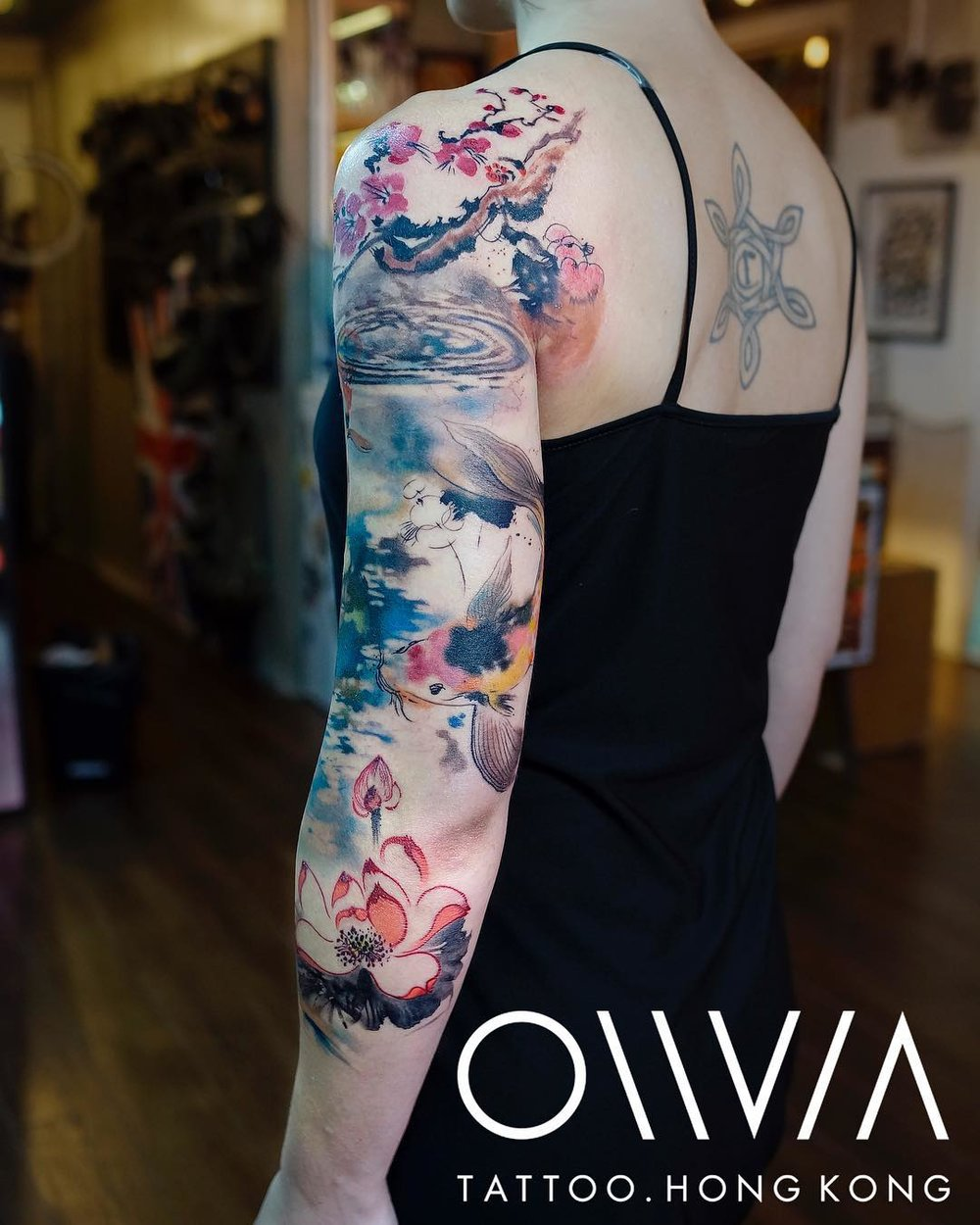 2018-fridays-tattoo-hong-kong-olivia-koi-sleeve-3.jpg