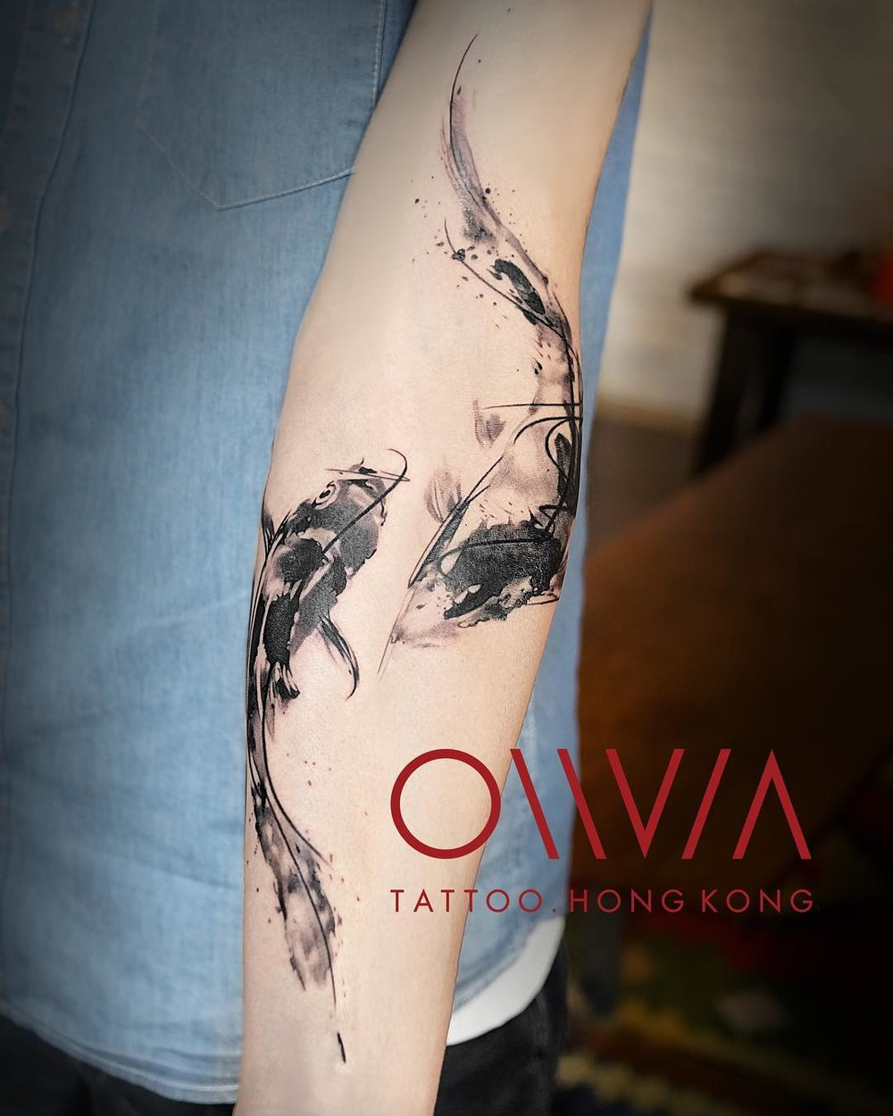 2018-fridays-tattoo-hong-kong-olivia-brush-koi.jpg