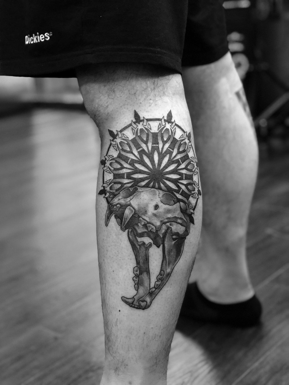 2018-fridays-tattoo-hong-kong-felix-lion-skull-geometry-illustration.JPG