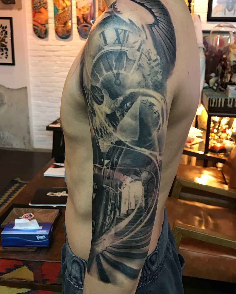 2018-fridays-tattoo-hong-kong-jamie-graphic-skull-time-sleeve-1.jpg