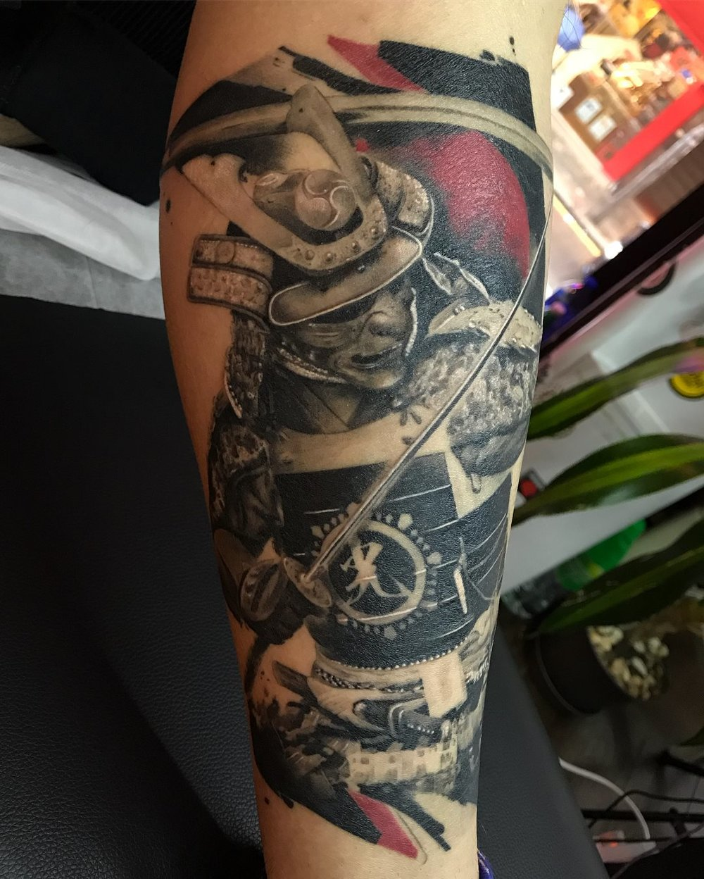 2018-fridays-tattoo-hong-kong-jamie-graphic-samurai-2.jpg