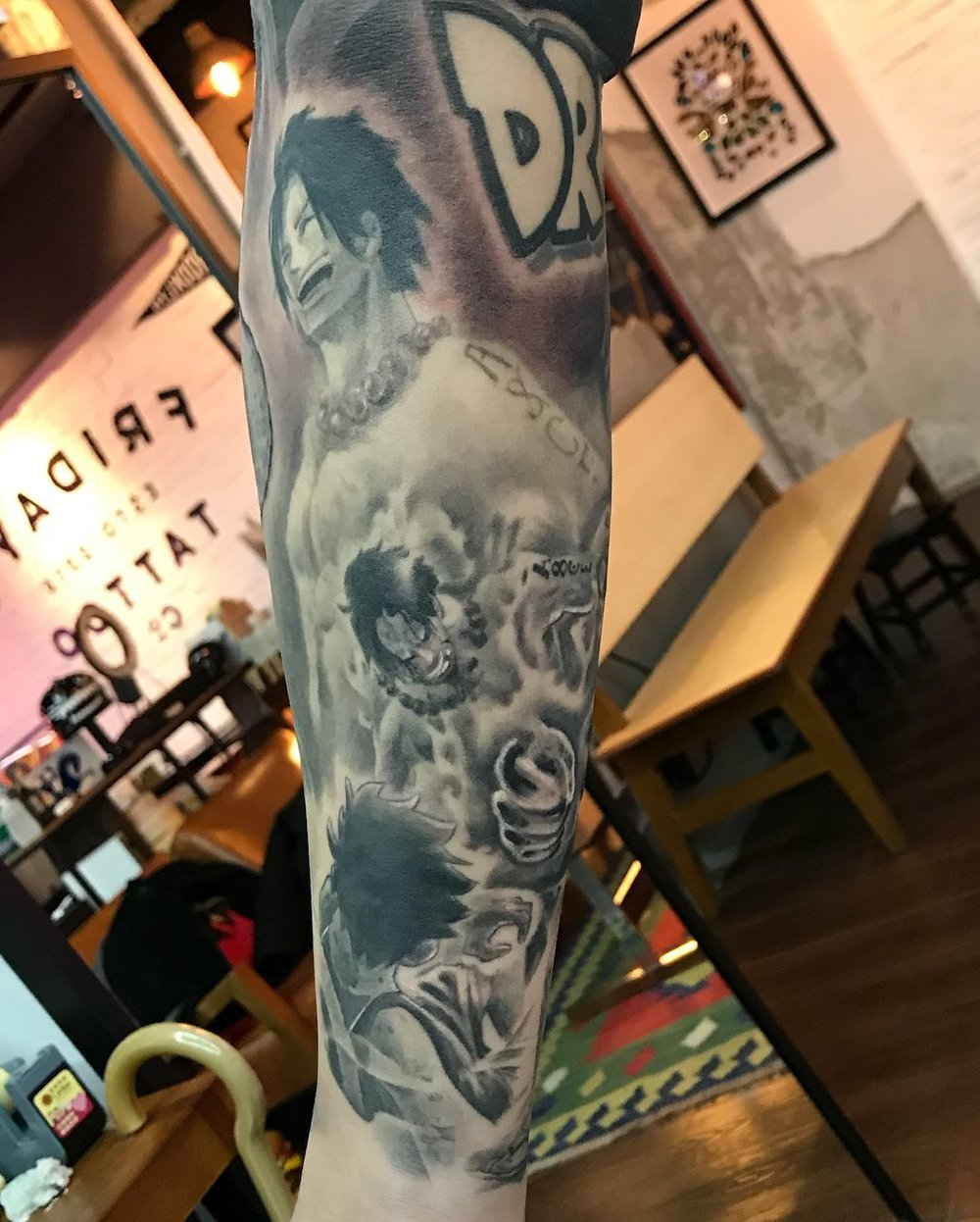 2018-fridays-tattoo-hong-kong-jamie-one-piece-dragon-ball-sleeve-5.jpg