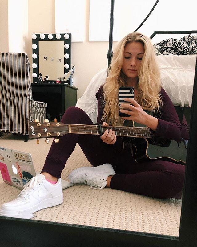 hi I've just been writing songs on my bedroom floor what's new?