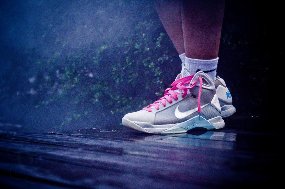 nike hyperdunk supreme mcfly sneakers
